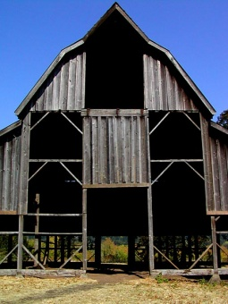 Bald Hill Barn